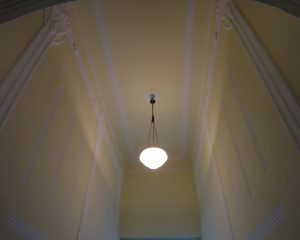 Treppenhaus mit Stuckelementen